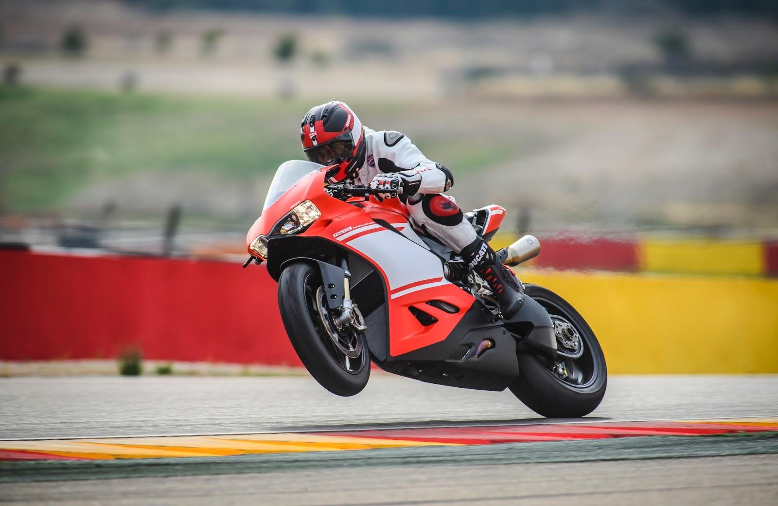 Racing Caf 232 Ducati 1299 Panigale Superleggera 2017