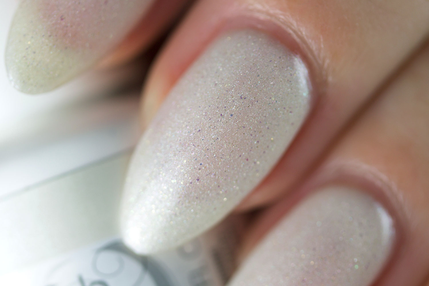 Matadora, Spanish inspired, Morgan Taylor, Gelish, I'm Drawing a Blanco, macro
