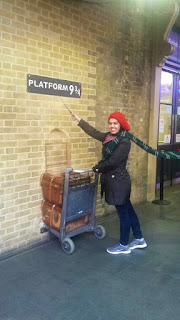 Harry Potter Platform nine and three quarters Hogwarts