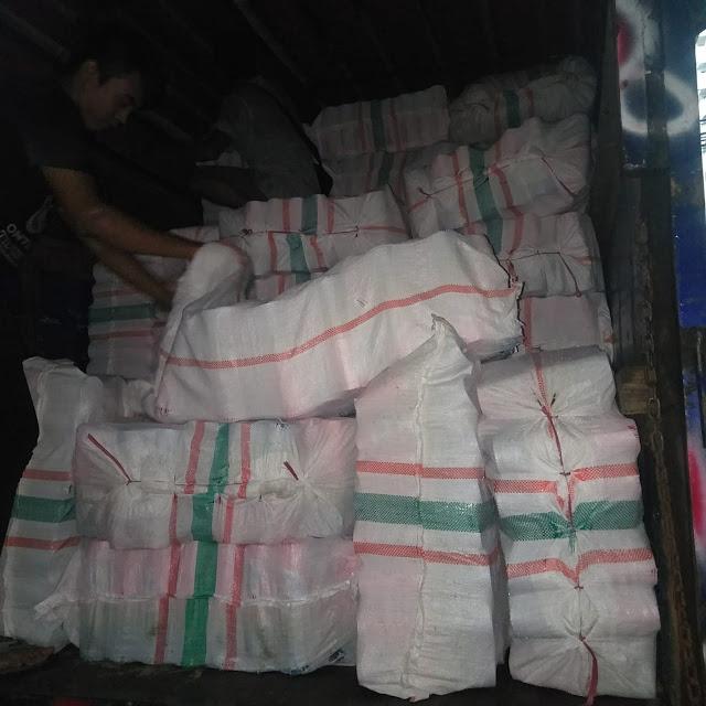 Sewa Truk Jakarta ke Padang