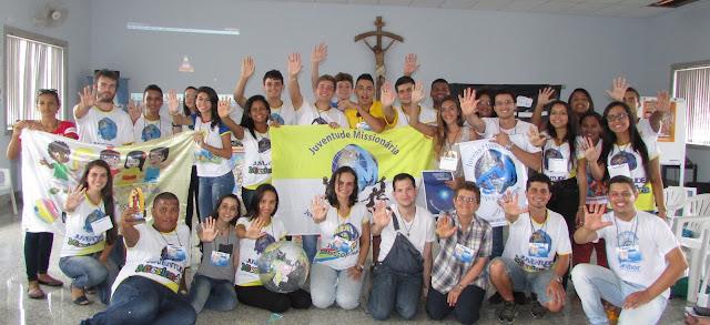 Juventude Missionária realiza encontro de líderes