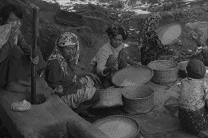 """''Nganre Toriolo"""" Tradisi Unik kampung Buung Pangkep"""