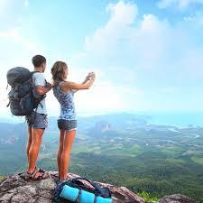 keuntungan berwisata bukan pada hari libur