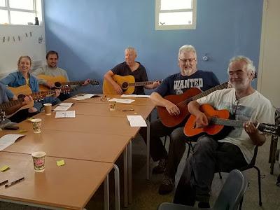 Beginners Guitar - Barnoon Workshop St Ives