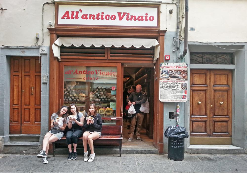 façade d'une célèbre sandwicherie de Florence : All'antico Vinaio