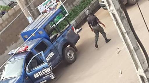 How SARS Officers Allegedly Electrocuted Woman & Escaped