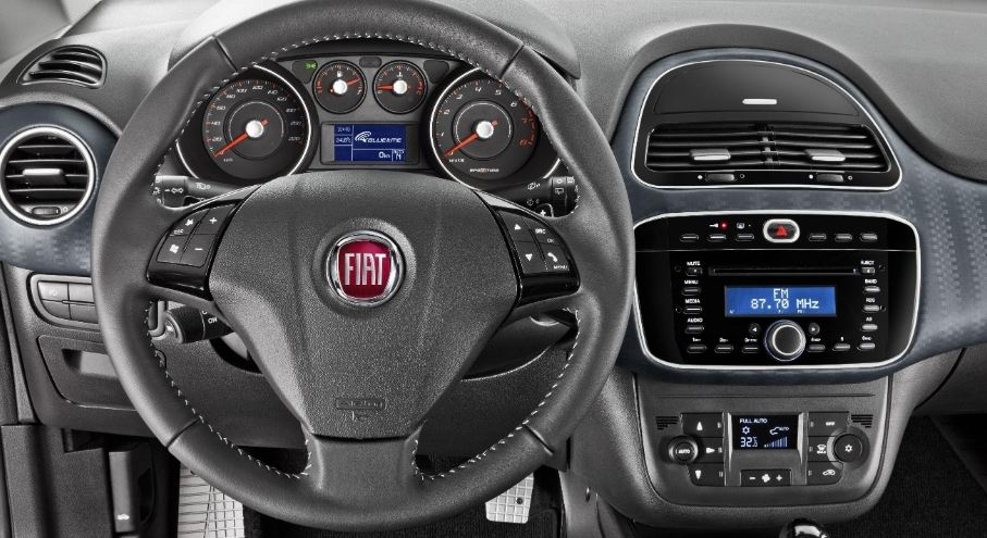 Fiat Punto 2013 Tem Facelift E Pre 231 Os A Partir De R 38