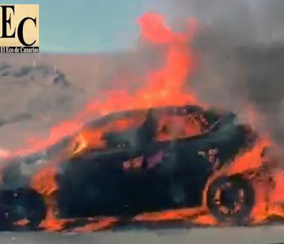 vídeo incendio coche  Playa del Inglés, Gran Canaria