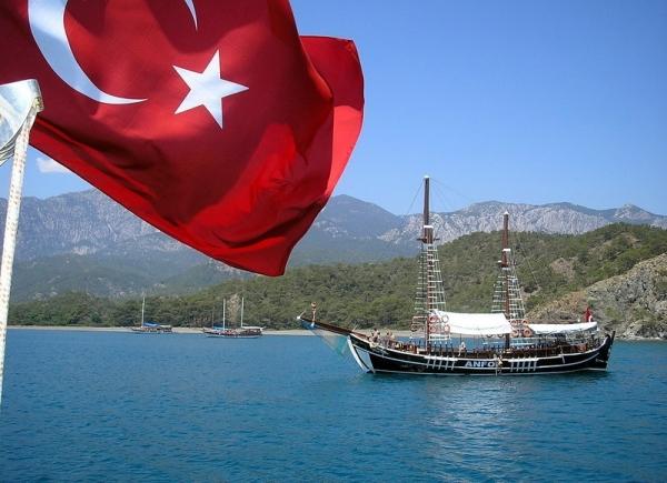 Уральцы жалуются на сервис и очереди в Турции