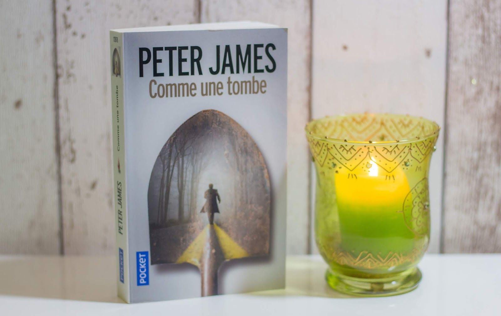 avis-lecture-comme-une-tombe-peter-james