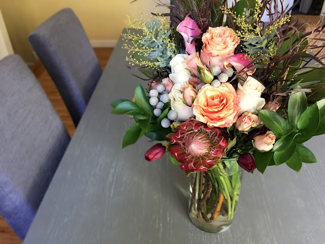 "Send flower arrangements with same day delivery. Bold, vibrant blooms to say ""I Love You"" , ""I Miss You"", ""I'm Thinking of You"", or ""Get Well""."