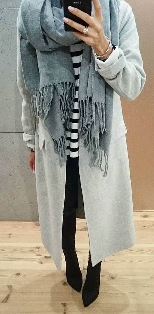 fashionable outfit idea / grey coat + top + scarf + jeans + boots