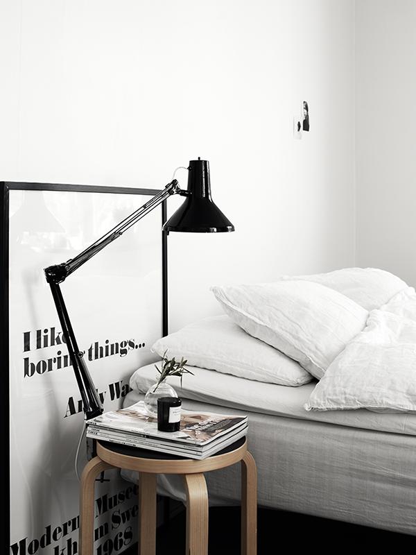 lámina en negro para la habitación