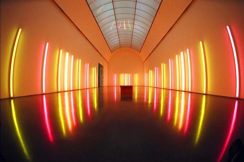 Neo arquitecturaymas Arte con luz  Dan Flavin