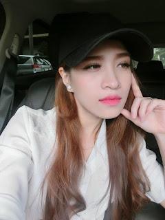 Gái xinh facebook ca sĩ Võ Kiều Vân