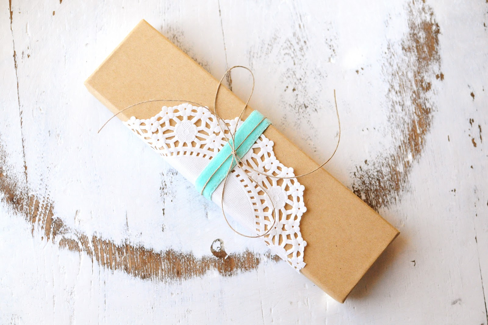 """Wedding Gift Wrapping Ideas: """"accessorize Your Life!"""": Vintage Gift Wrap"""