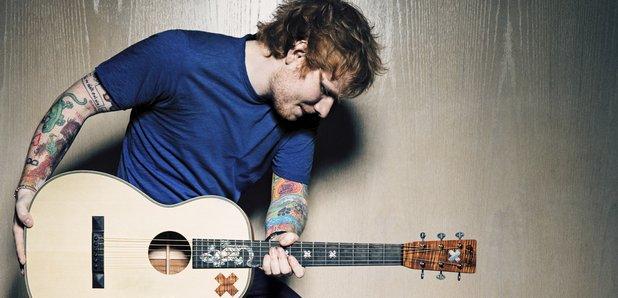 Ed Sheeran hace cover de 'Starving' y canta 'Shape Of You' en Capital FM