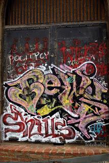 http://fotobabij.blogspot.com/2016/01/zdjecie-graffiti-na-swiatyni-sybilli_14.html