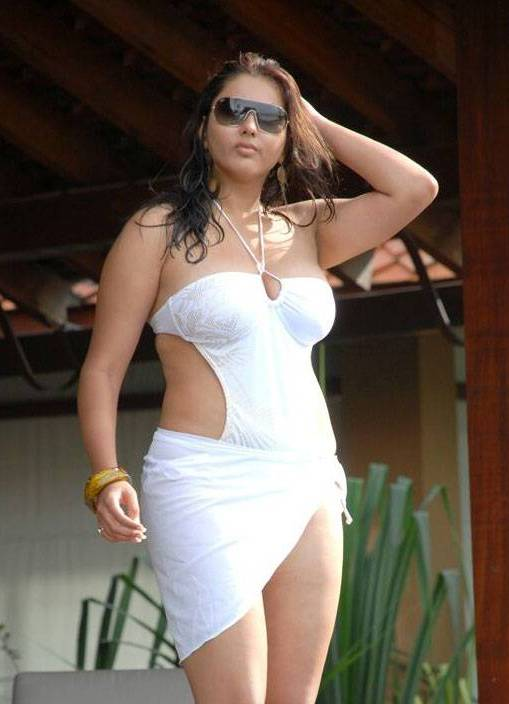 Hot Actress Namitha Photos