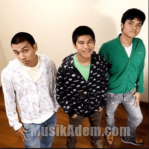 Download Lagu RAN Mp3 Terbaru