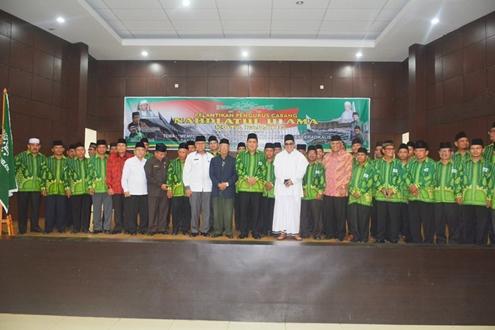 Pengurus Baru PCNU Kota Padang Dilantik, Ini Harapan Wawako Emzalmi