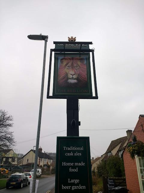 Red Lion, Pub, Cherry Hinton, Cambridge, Pub sign, Aslan