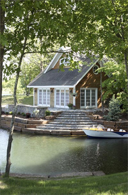 Top 10 Beautiful Houses on the Water | Most Beautiful