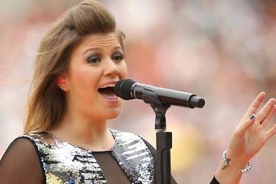 Profil dan Biografi Penyanyi Kelly Clarkson