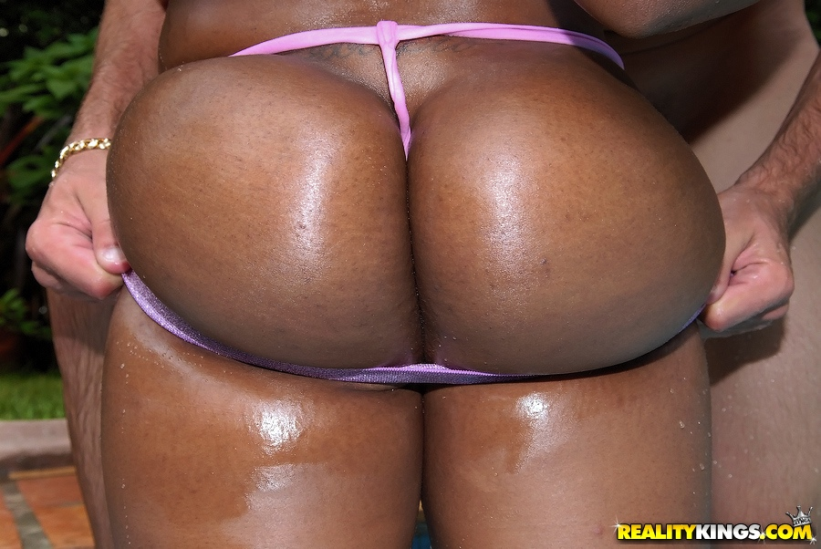 Ebony girls nude blogspot