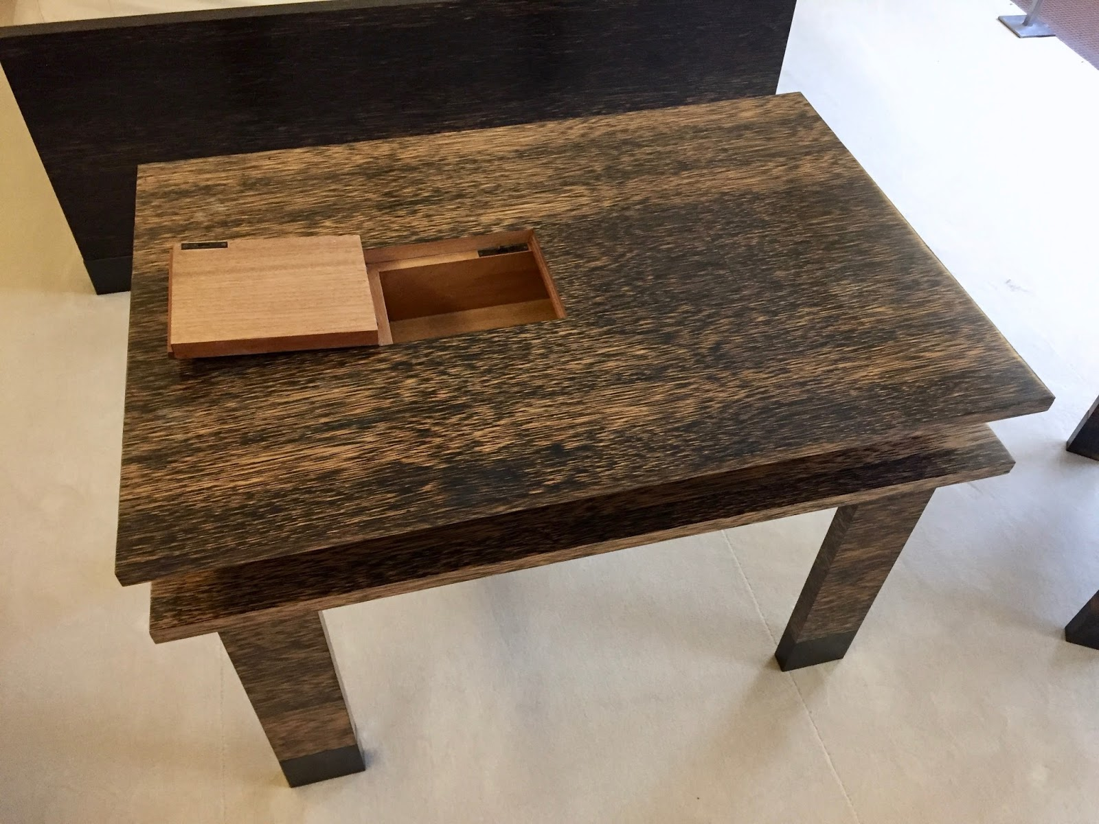 Le blog des amis de la villa cavrois la chambre des parents for Restauration meuble japonais