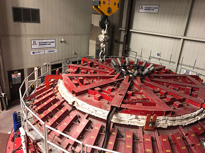 The U of A Mirror Lab spinning furnace that gives the large mirrors the correct parabolic shape (Source: Palmia Observatory)