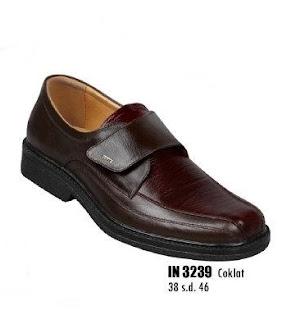 Toko sepatu pria ukuran besar online murah