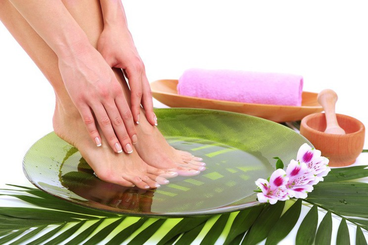 Here's How To Have Pretty Feet!