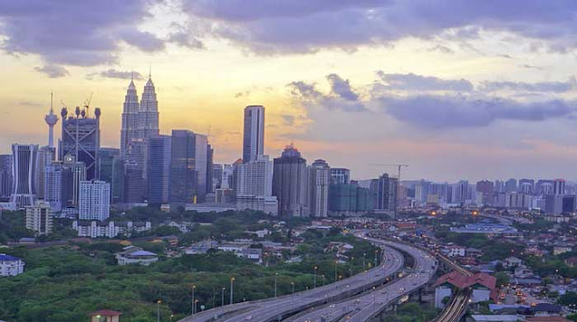 Pusat Kota Kuala Lumpur (KLCC)