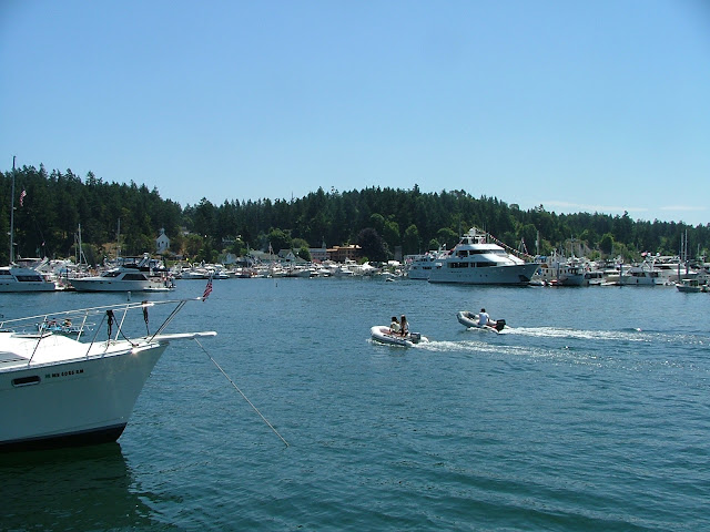 Roche Harbor dinghies on 4th of July