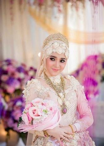54+ Model Baju Kebaya Muslim Gaun Pengantin Muslimah