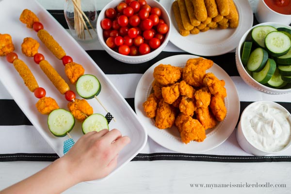 Make your own Easy Buffalo Chicken Kabobs!  |  mynameissnickerdoodle.com