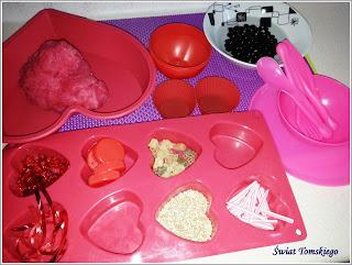 Zmysłowe walentynki z 2,5 latkiem + matematyka dla smyka