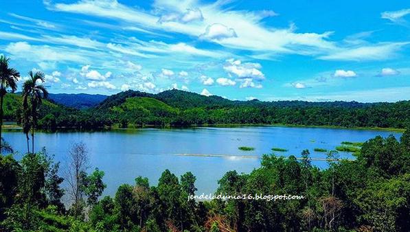 Danau Limbungan Rumbai, Danau Buatan Tapi Sangat Mengagumkan Akan keindahan Alamnya