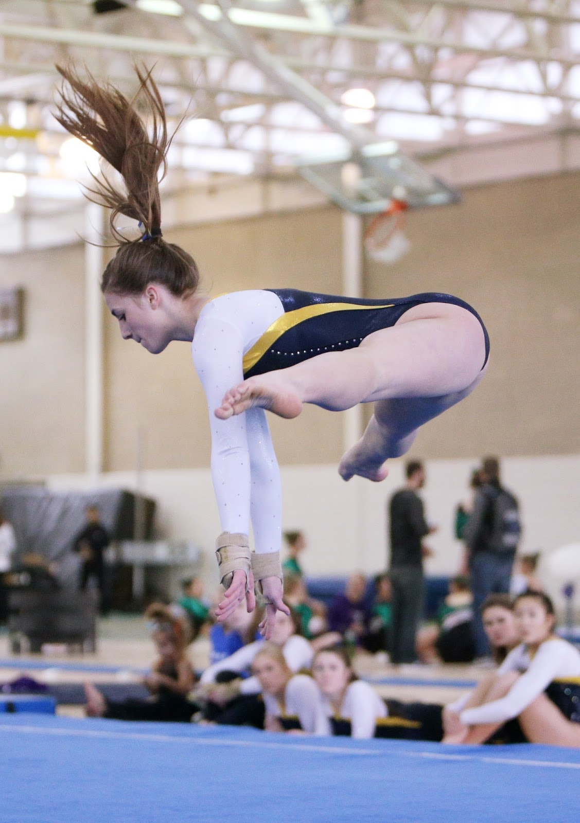 Mark kodiak ukena ihsa lake county girls gymnastics at for Floor gymnastics