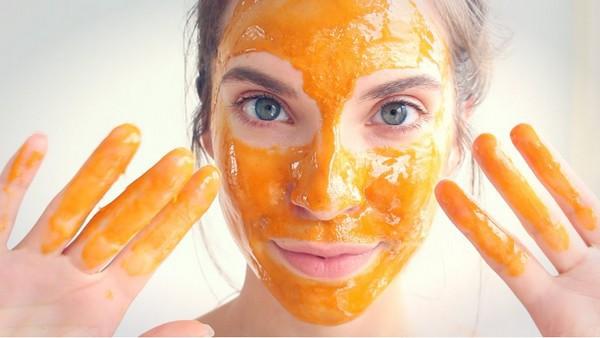 Để có làn da đẹp rực rỡ, mịn màng không tì vết hãy thực hiện 7 bước chăm sóc buổi sáng. 2