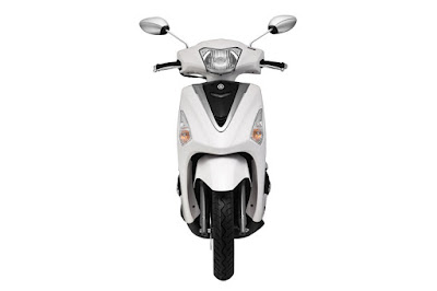 2016 Yamaha Acruzo 125cc Scooter front view Images HD