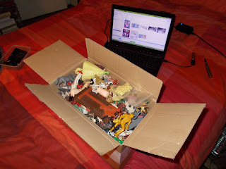 Contribution, Donations, How They Come In, Job Lot, Mixed Lot, Mixed Playthings, Mixed Toys, Show Plunder, Show Reports, Small Scale World, smallscaleworld.blogspot.com, 1 Overview Of Jims Box DSCN9731