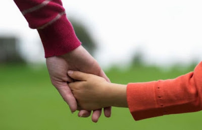 Memilih pendidikan Ilmu Agama untuk kebahagiaan anak kita