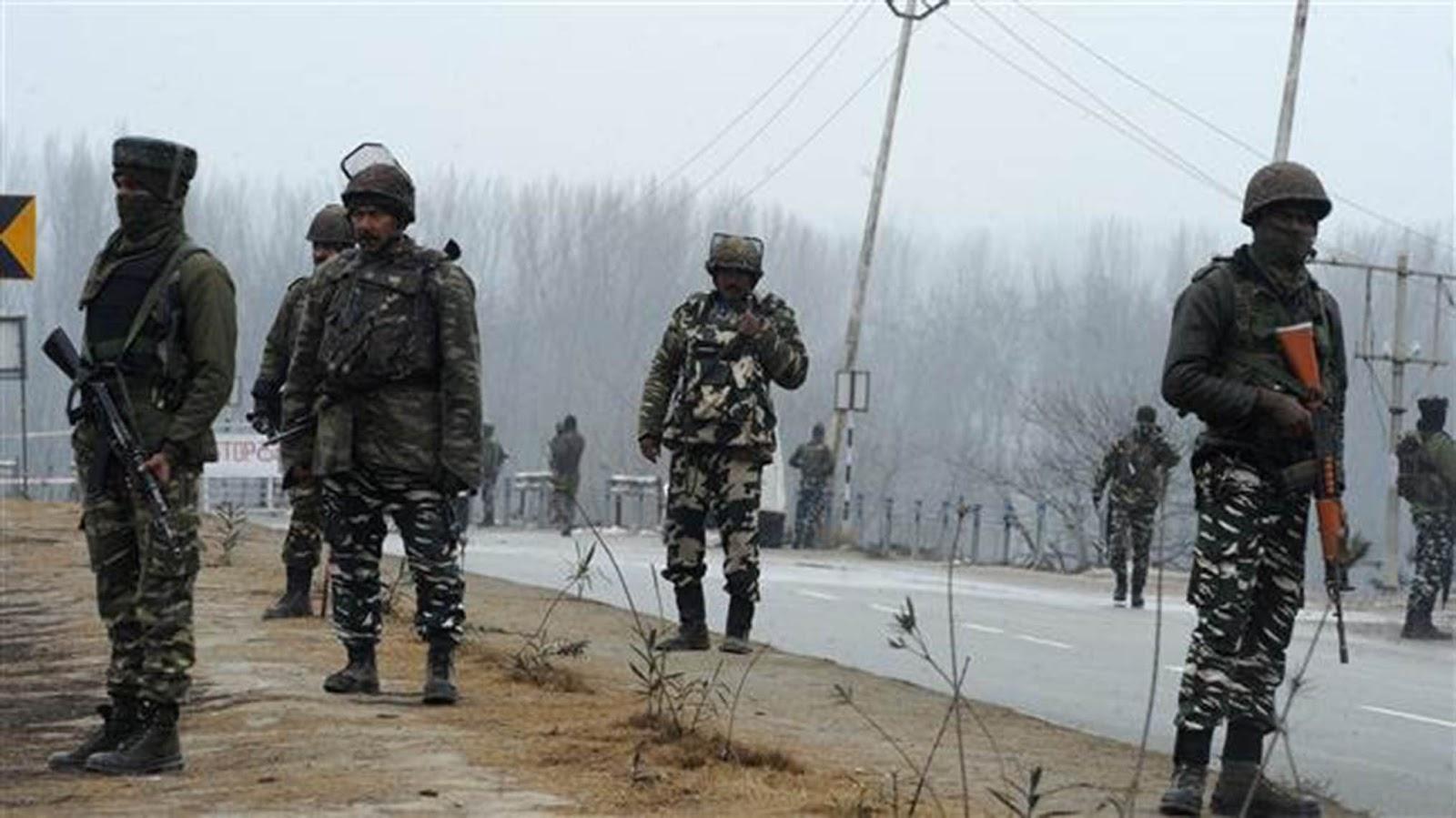 Di tengah memanasnya India-Pakistan baku tembak maut baru di Kashmir