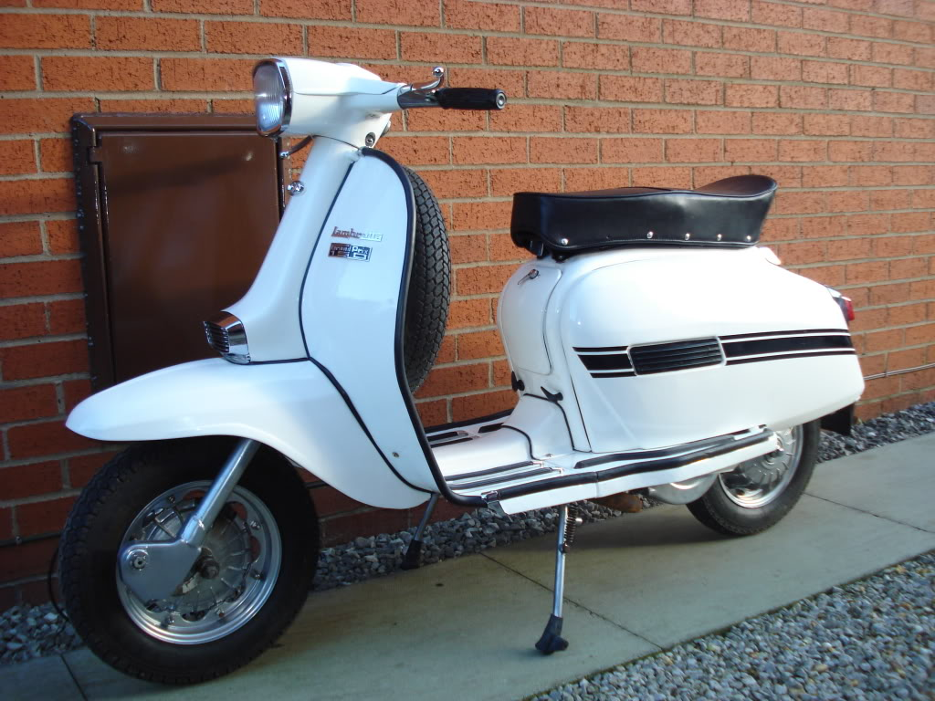 lambretta gp range dl vespa scooters. Black Bedroom Furniture Sets. Home Design Ideas
