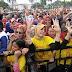 Loyalis Umi Ferra Hadiri Deklarasi MANUFER Dengan Seragam Kuning