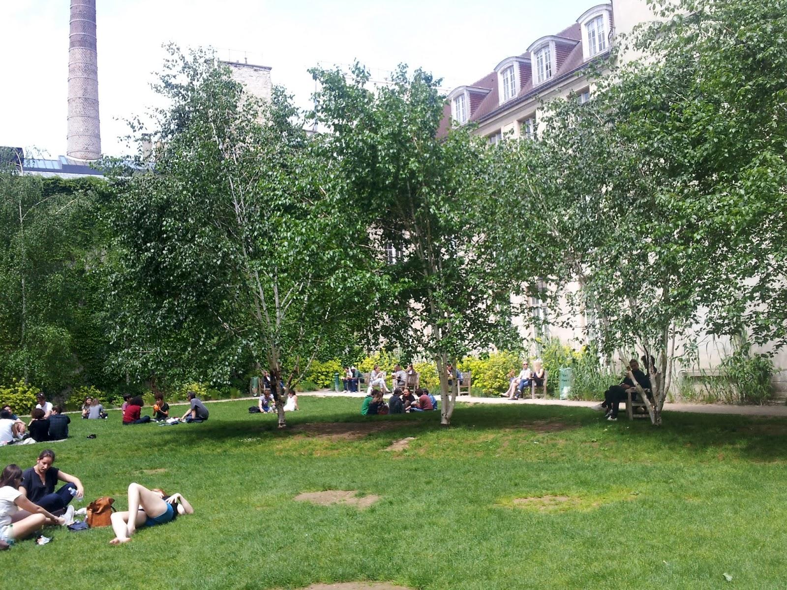 Paris le marais for Le jardin 21 rue de la federation