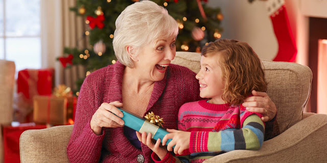 Top Secrets of Personalized Gifts for Grandparents