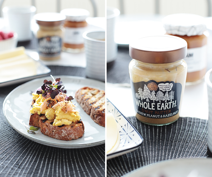 Ruehrei mit Lachs Stremellachs Kresse geroestetes Brot whole earth 3 nut butter